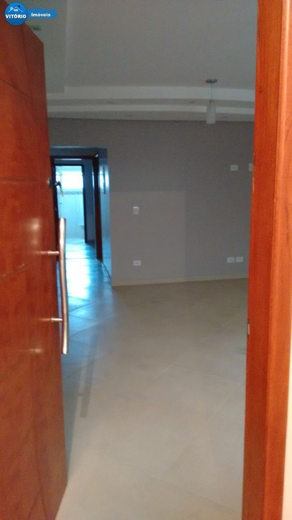 Apartamento com Três Dormitórios