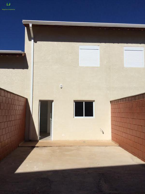 Casa Nova em Condomínio São Roque-SP