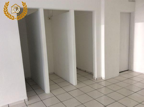 Sala Ampla Para Alugar Em Mairinque