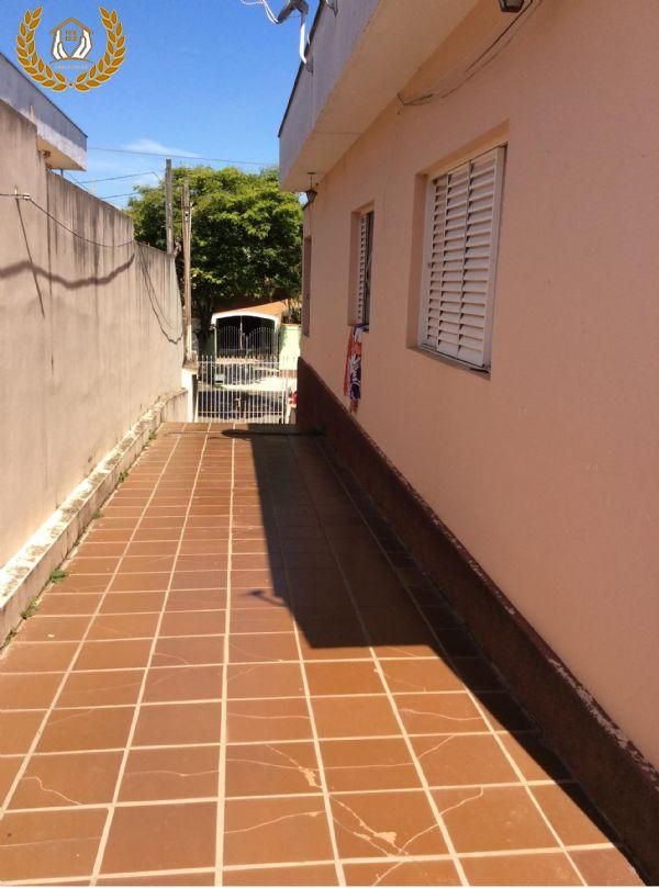 Ampla casa para venda em Mairinque