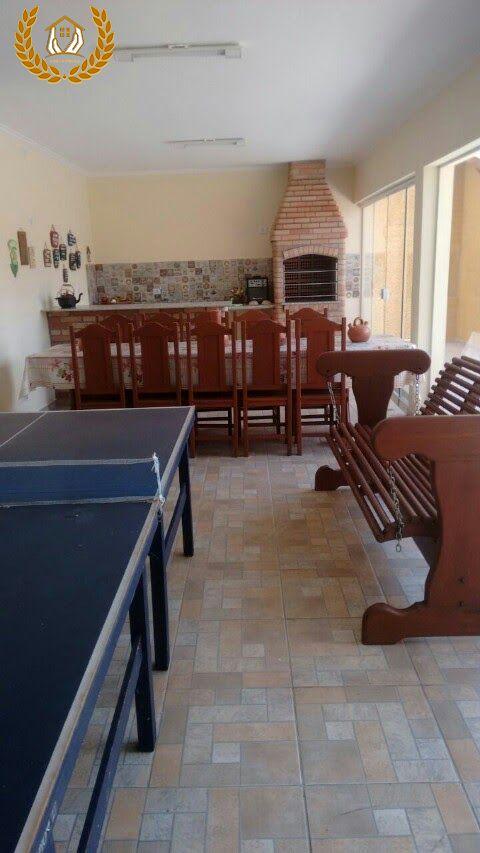 Aluga-se linda casa em Itapeva