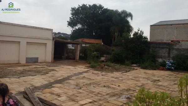 Casa ampla em Ibiúna Centro