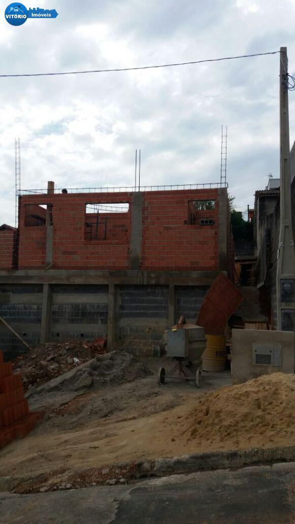 Casa em fase de acabamento no Cambará