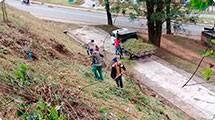 Frente de Trabalho realiza limpeza na região do Guaçu
